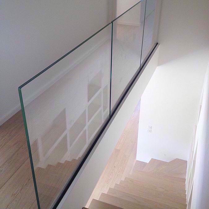Glasværn - Glas rækværk på mål. Hærdet lamineret glasværn